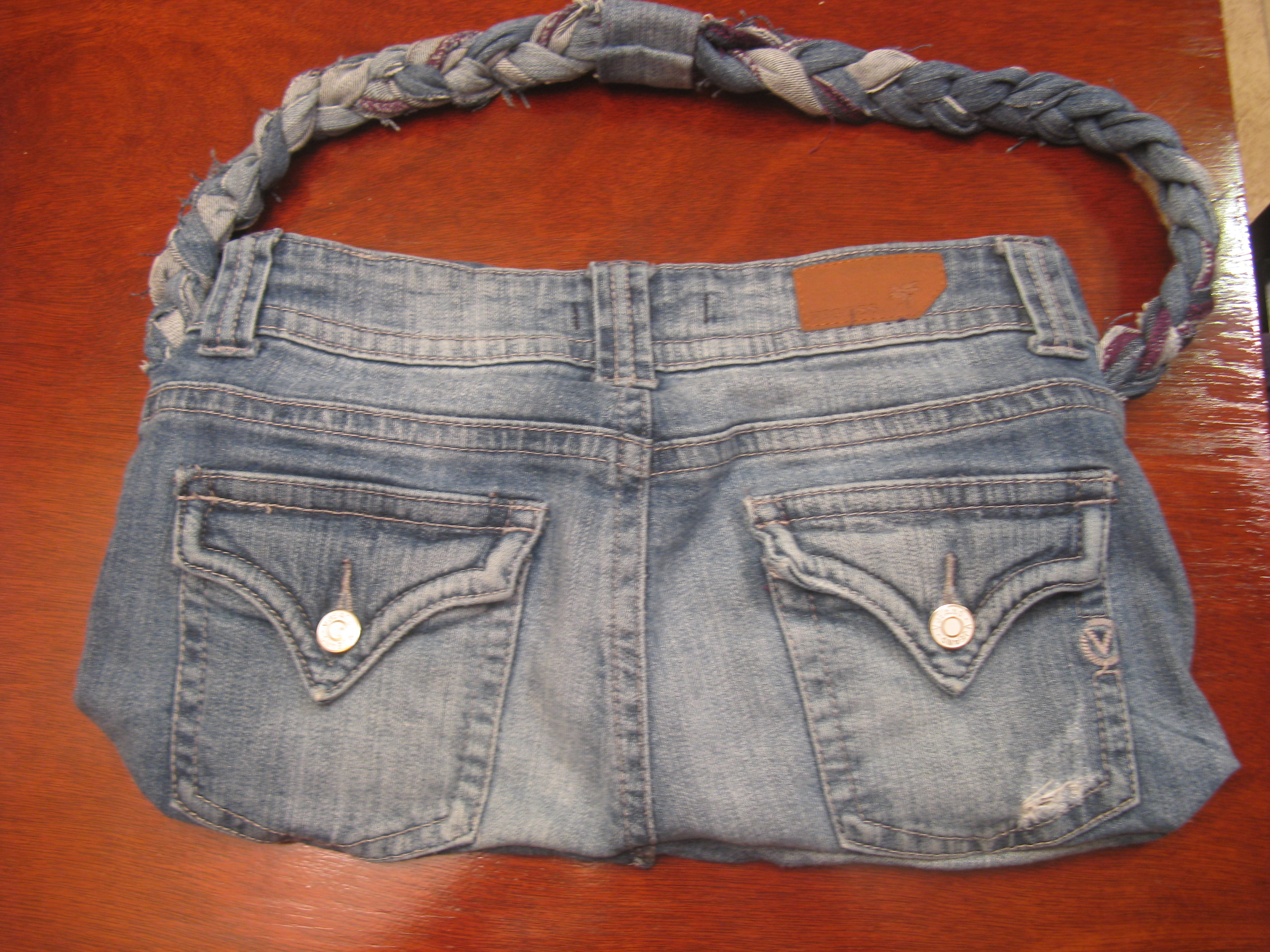 Old Jeans = New Denim Purse | veggiegirlanw